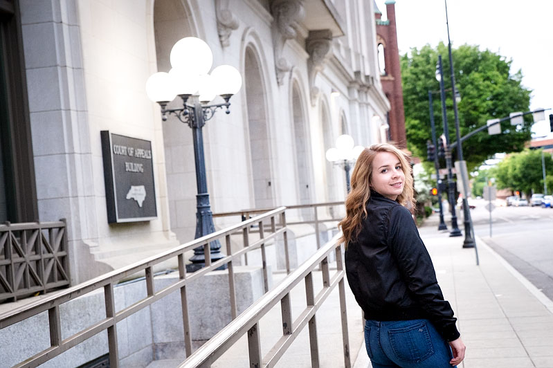 senior photos downtown raleigh