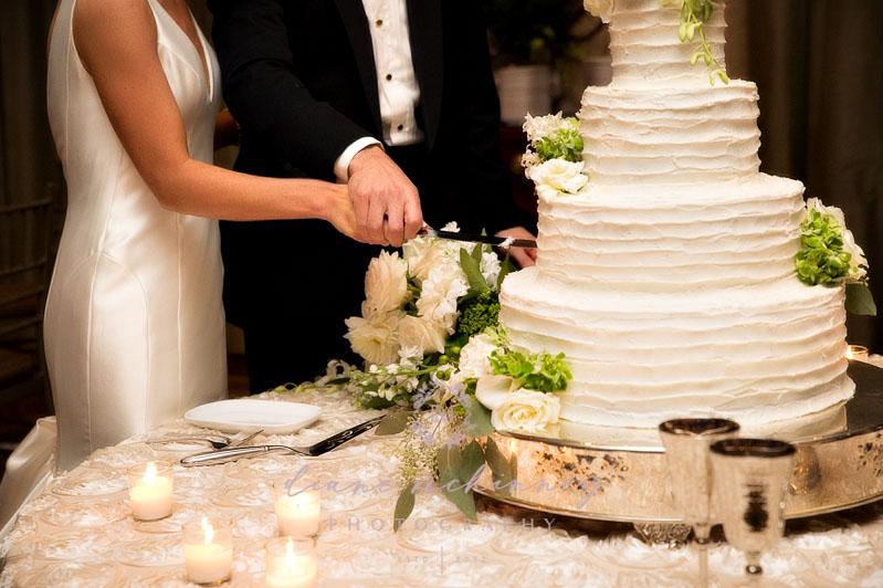 cake cutting photos